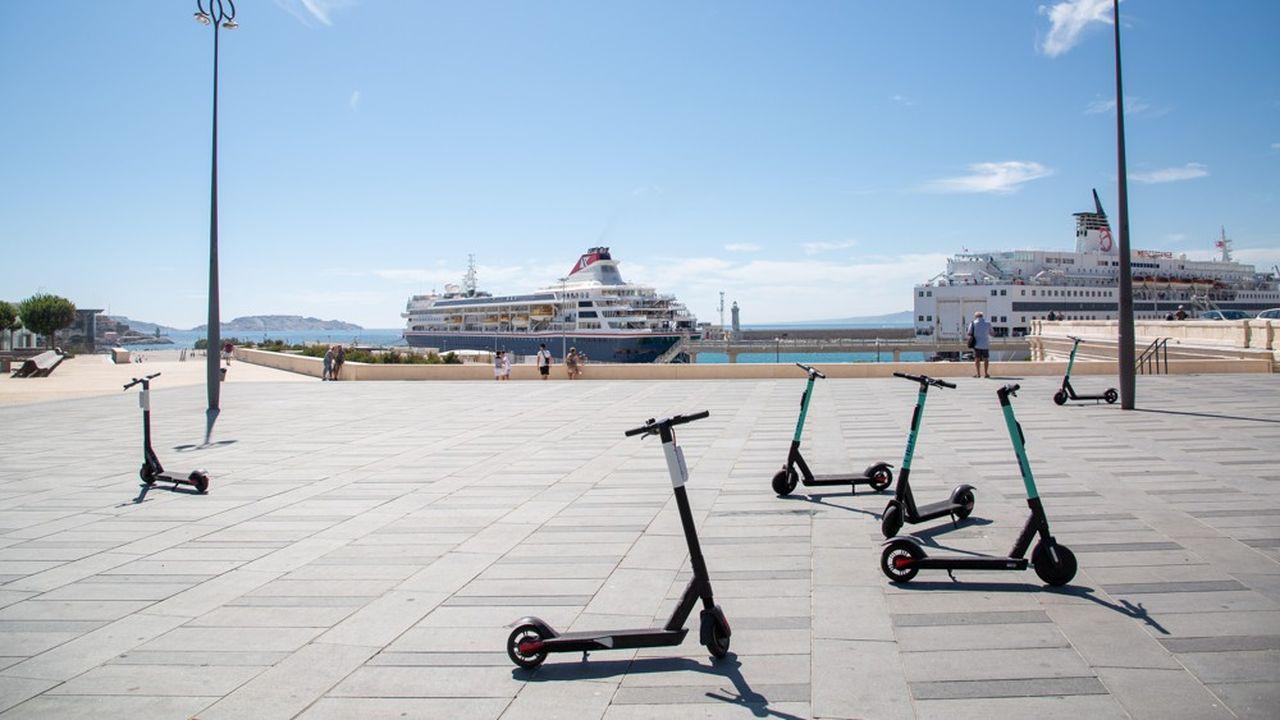 A partir du 21octobre, trois start-up de trottinettes pourront opérer à Marseille.