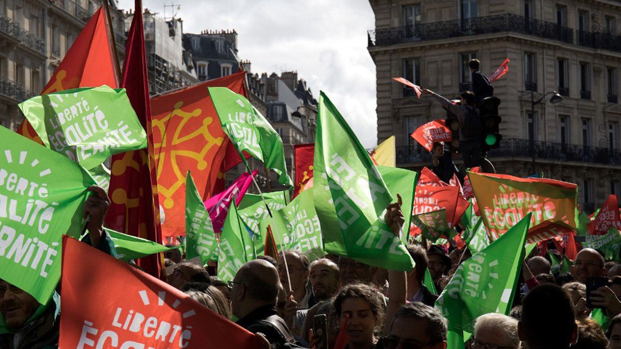 Les manifestants ont défilé du Jardin du Luxembourg à Montparnasse.