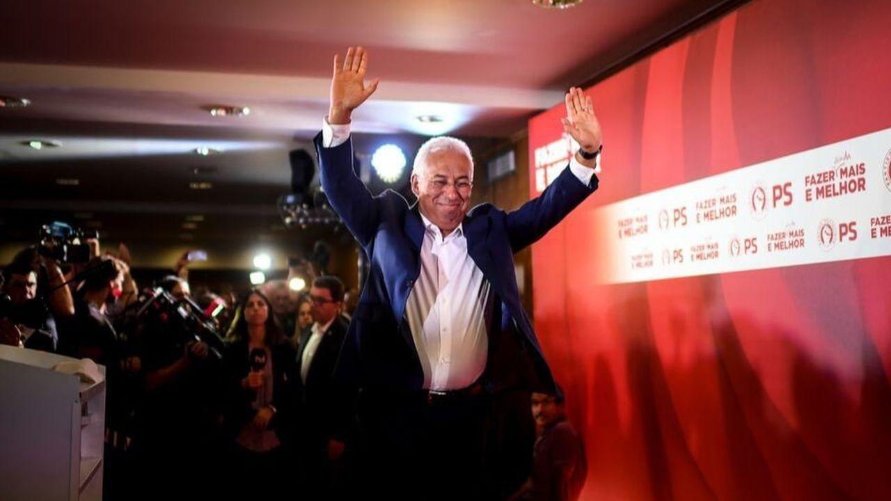 Devant ses partisans, Antonio Costa s'est dit prêt à renouveler l'expérience de l'union de la gauche pour s'assurer une majorité au Parlement.