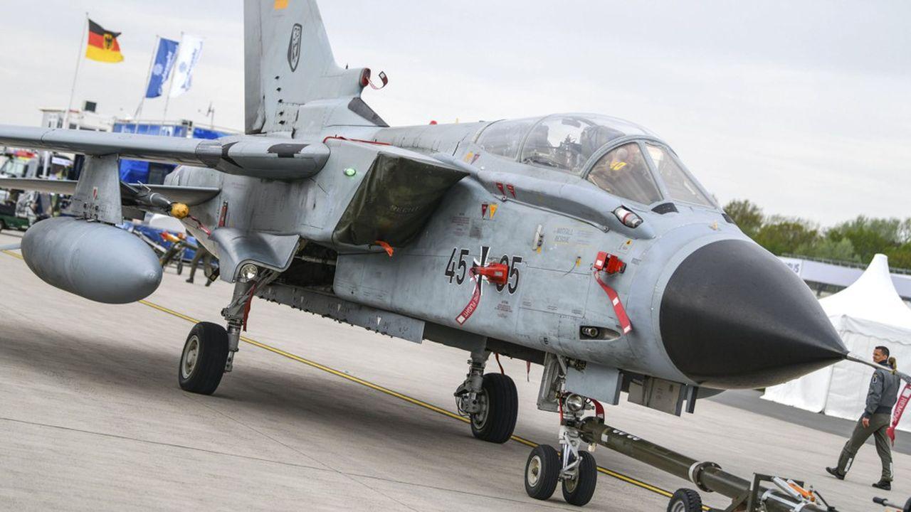 La Luftwaffe a encore 85 Tornado en service sur les 247 exemplaires livrés dans les années 80 et 90. Les appareils doivent être remplacés entre2025 et2030.