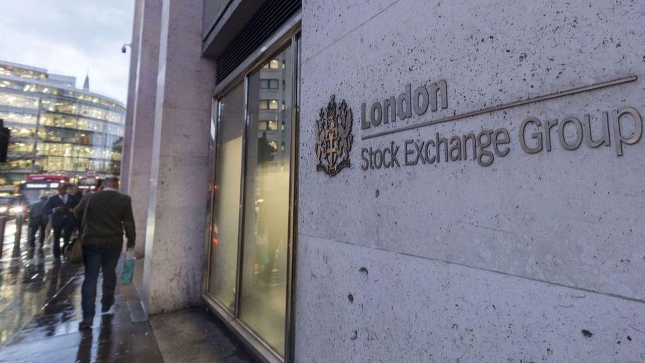 En s'attaquant au London Stock Exchange, HKEX affichait de grandes ambitions: devenir la troisième place financière mondiale et la première non américaine.