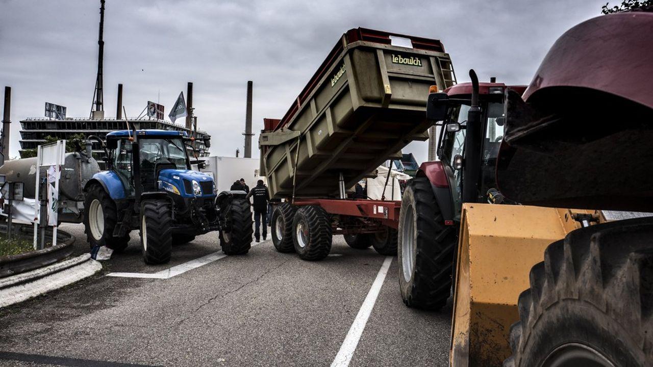 La FNSEA et Jeunes Agriculteurs appellent à une journée de mobilisation partout en France pour protester contre l'agribashing, les accords commerciaux et la distorsion de concurrence.