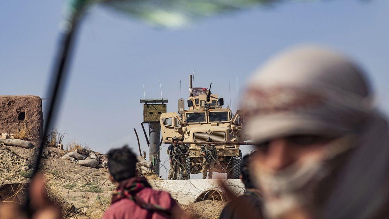 Les Kurdes syriens s'apprêtent à affronter les forces de l'armée turque dans le nord du pays.