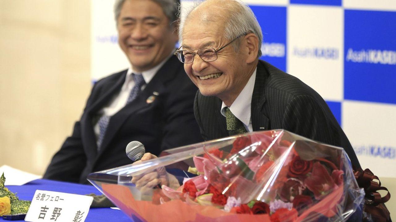 Akira Yoshino, né le 30janvier 1948, a créé la première batterie commerciale, en 1985.
