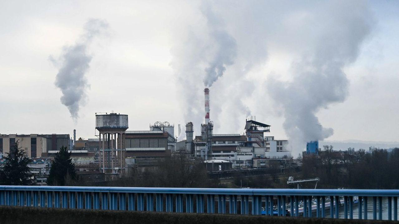 A ce jour, seulement 600 logements proches d'un site industriel à risque sur les 16.000 concernés ont fait l'objet de travaux de protection en cas d'explosion.