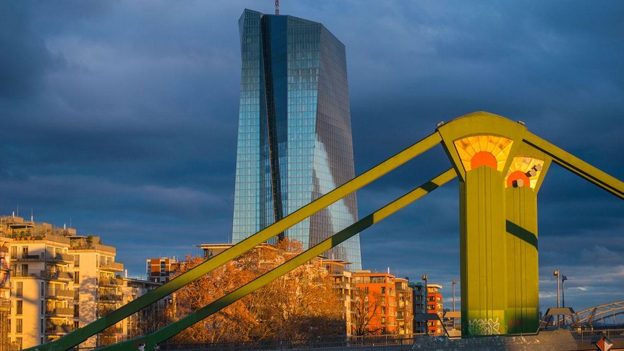 La Banque centrale européenne (BCE) reste un chaînon indispensable dans le financement de court terme des banques.