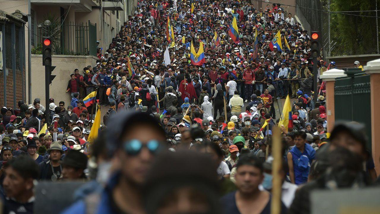 Les manifestants réclament le retour des subventions aux carburants.