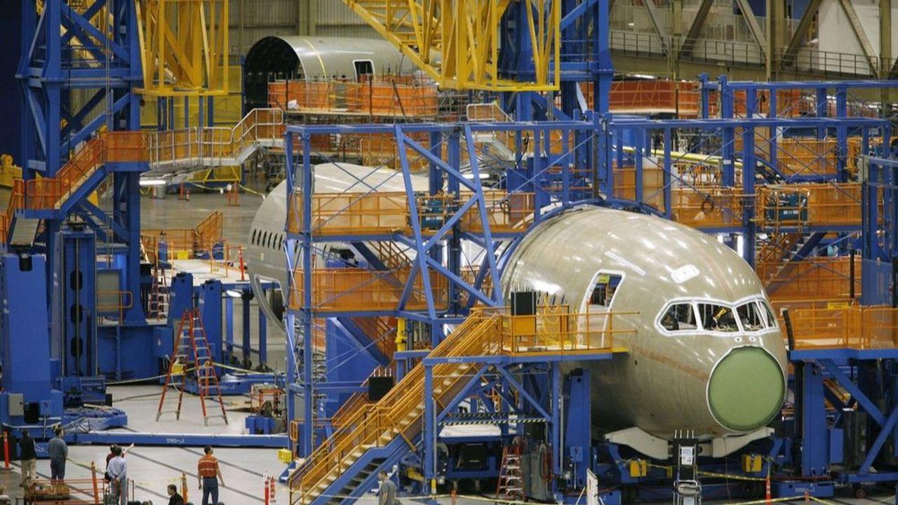 Construction d'un 787 Dreamliner à l'usine Boeing d'Everett dans l'Etat de Washington.