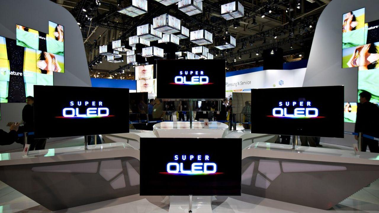 Des écrans de télévision Samsung dotés de la technologie OLED, ici au CES de Las Vegas en 2012.