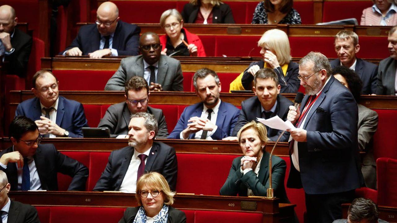Au micro, le rapporteur du Budget, Joël Giraud (LREM).