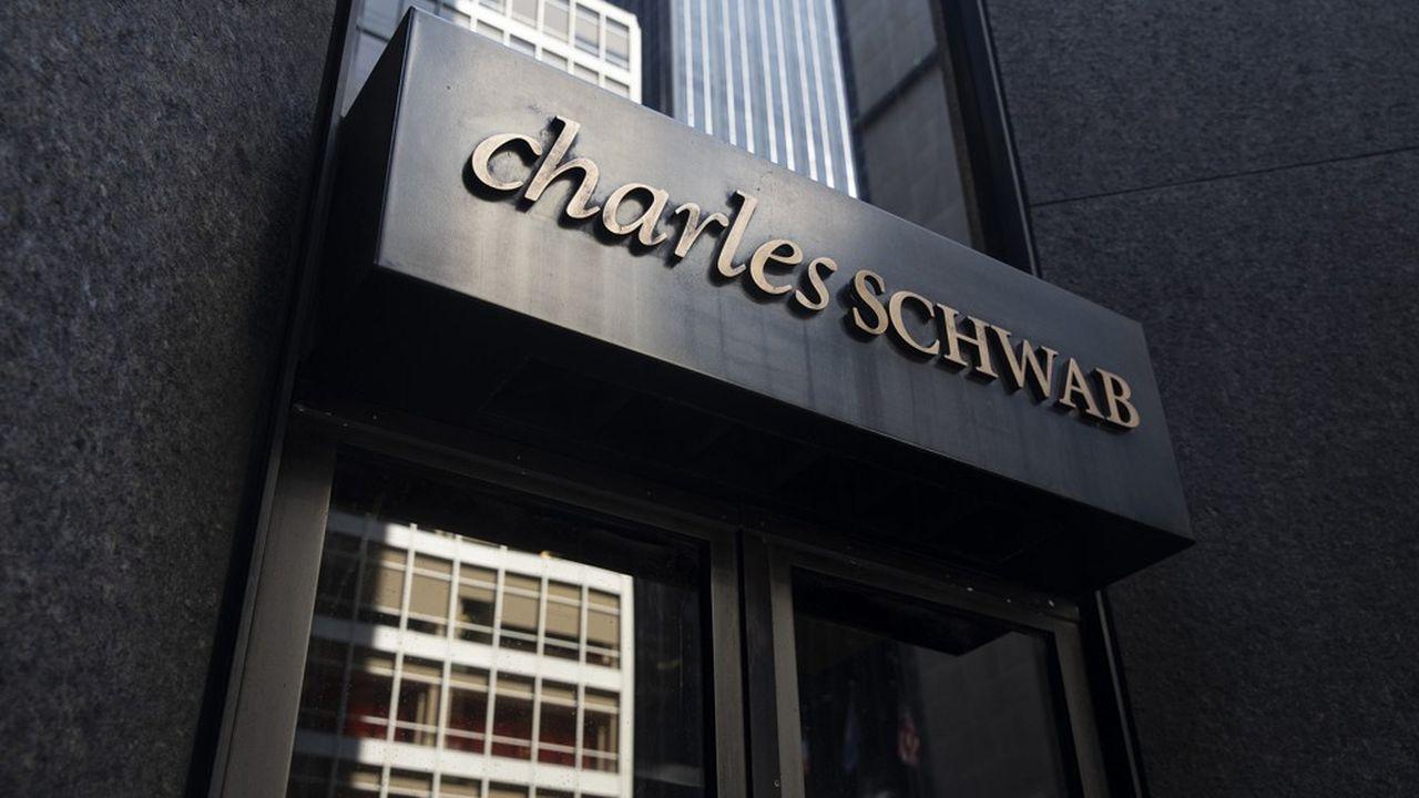 Charles Schwab a déclenché une guerre tarifaire inédite dans le courtage en ligne.