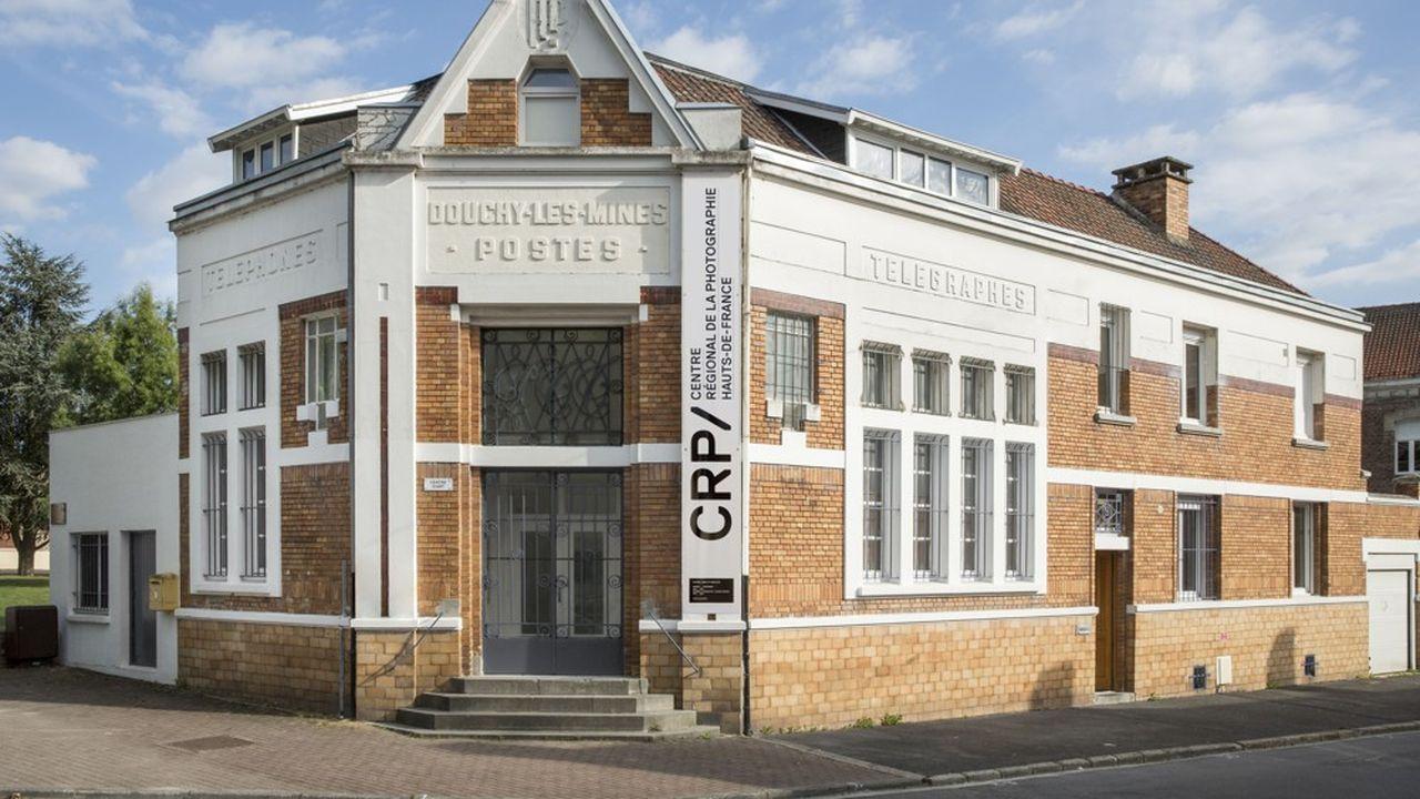 Récemment labellisé centre d'art contemporain, le Centre régional de la photographie, à Douchy-les-Mines, a été fondé en 1982.