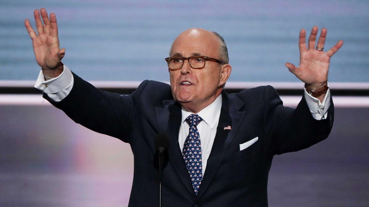 Les deux entrepreneurs américains auraient, entre autres, présenté à Giuliani plusieurs procureurs ukrainiens pour discuter de l'affaire Biden.