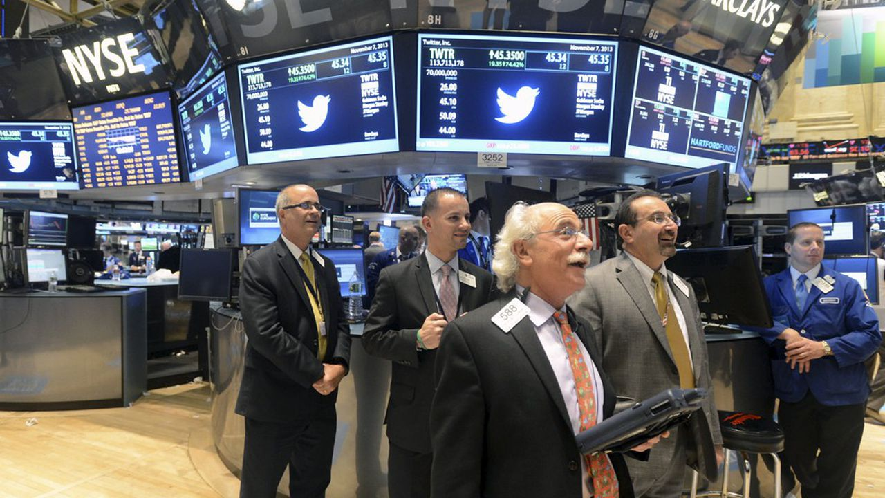 A New York, des traders sur le «floor», au New York Stock Exchange (NYSE)
