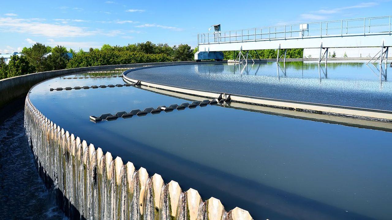 Le secteur de l'eau emploie près de 50.000 emplois directs recensés, rien qu'en France, 120.000 avec les sous-traitants, et 20 milliards de chiffre d'affaires réalisés chaque année, dont 8 milliards à l'international.