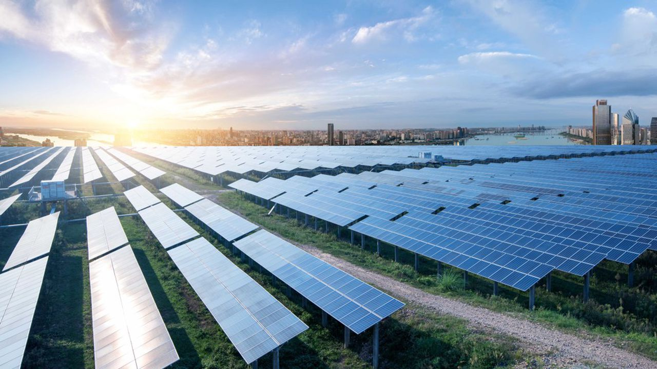 42.500 modules photovoltaïques vont être implantés sur une surface de près de 20 hectares.