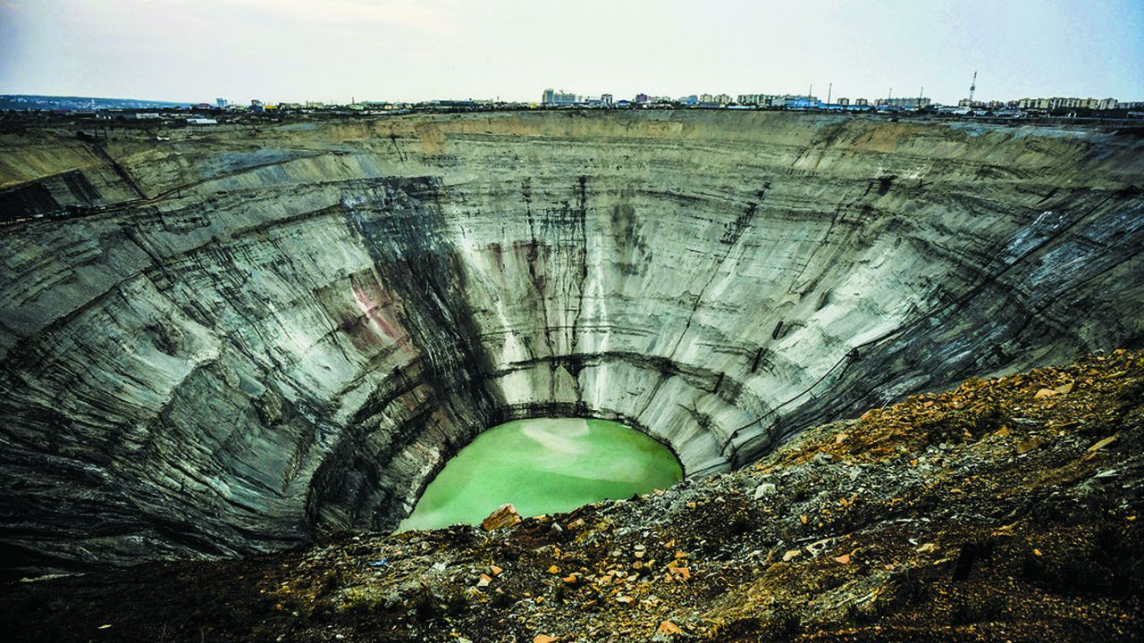 A Mirny, la densité de la mine baptisée «International», avec de 7 à 8 carats par tonne de minerais, est l'une des plus élevées parmi les gisements d'Alrosa.
