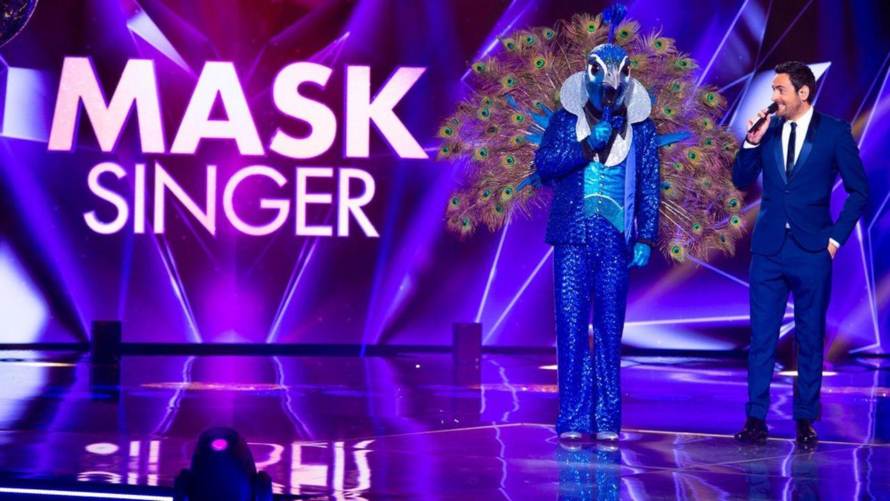 Cette adaptation d'un format coréen fait intervenir 12célébrités, masquées derrière des costumes qui chantent des tubes connus.