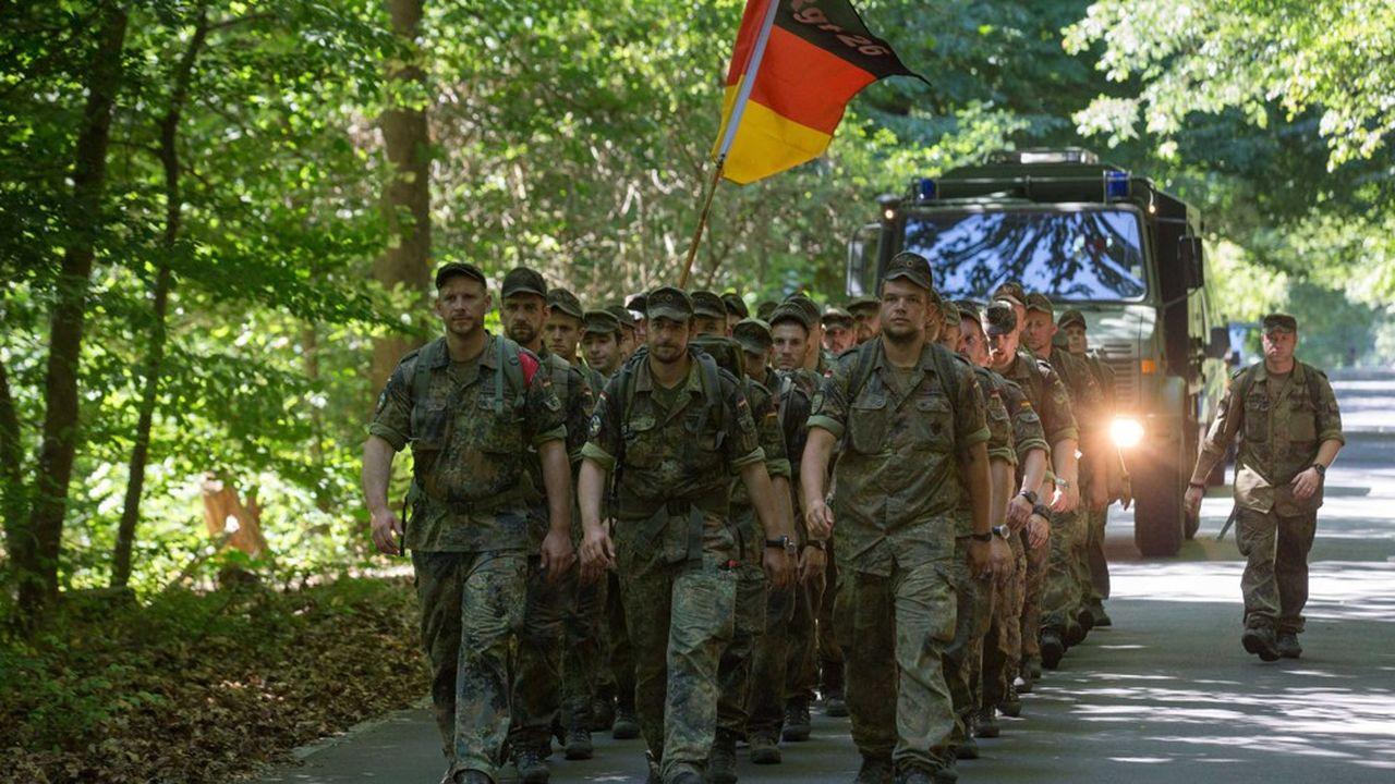 L'armée allemande est sous contrôle parlementaire