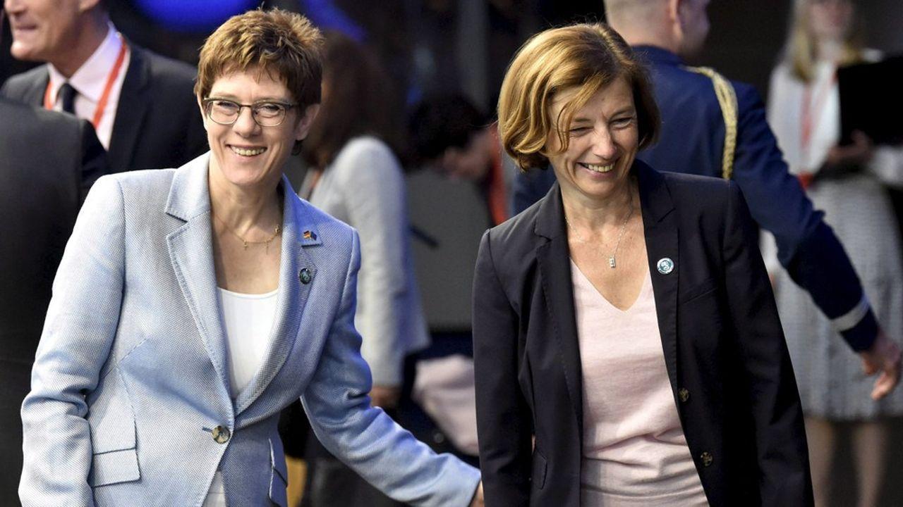 Annegret Kramp-Karrenbauer (g.) et Florence Parly (d.) se sont rencontrées la semaine dernière à Berlin et seront présentes à Toulouse pour lever plusieurs blocages dans les projets d'avion et de char du futur.