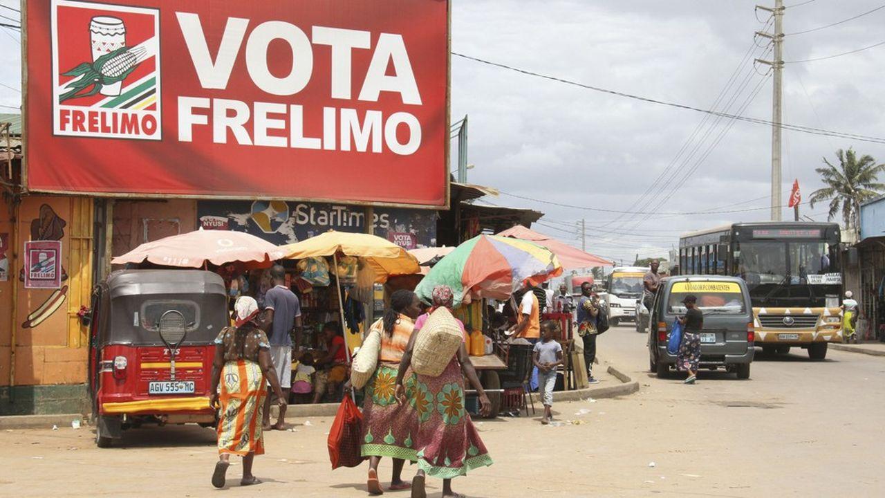 Le parti Frelimo au pouvoir à Maputo devrait remporter les élections mais avec une marge bien moindre que celle qu'il espérait en raison de la dégradation de la situation économique et sociale.