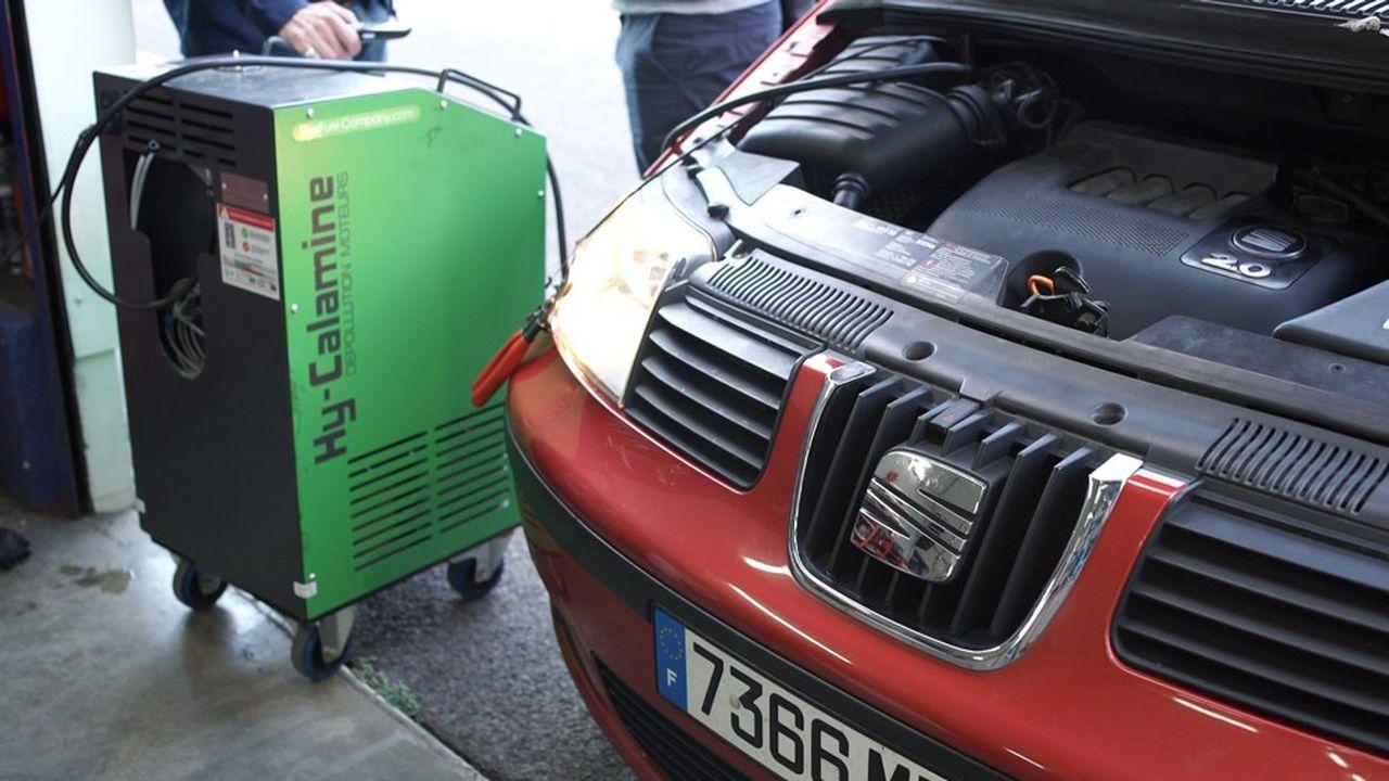 FlexFuel revendique 2.000centres équipés en France pour le décalaminage à l'hydrogène des moteurs à combustion.