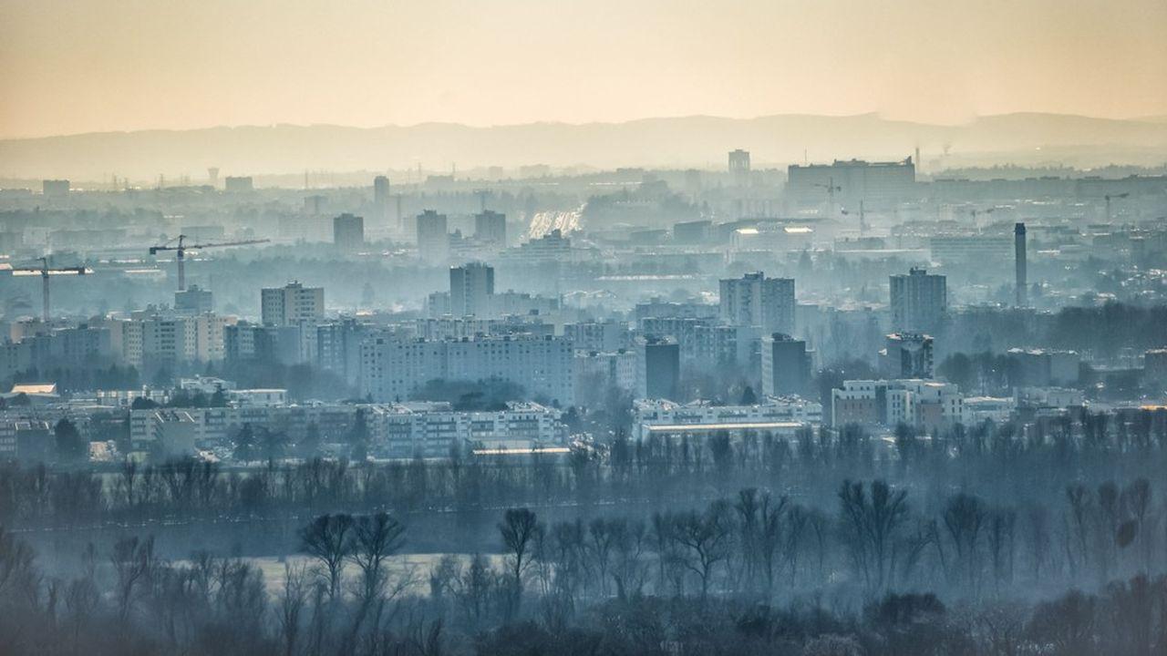 Selon un rapport de l'Agence européenne pour l'environnement la concentration de particules fines dans l'air a causé le décès prématuré de 412.000 personnes en 2016 en Europe.