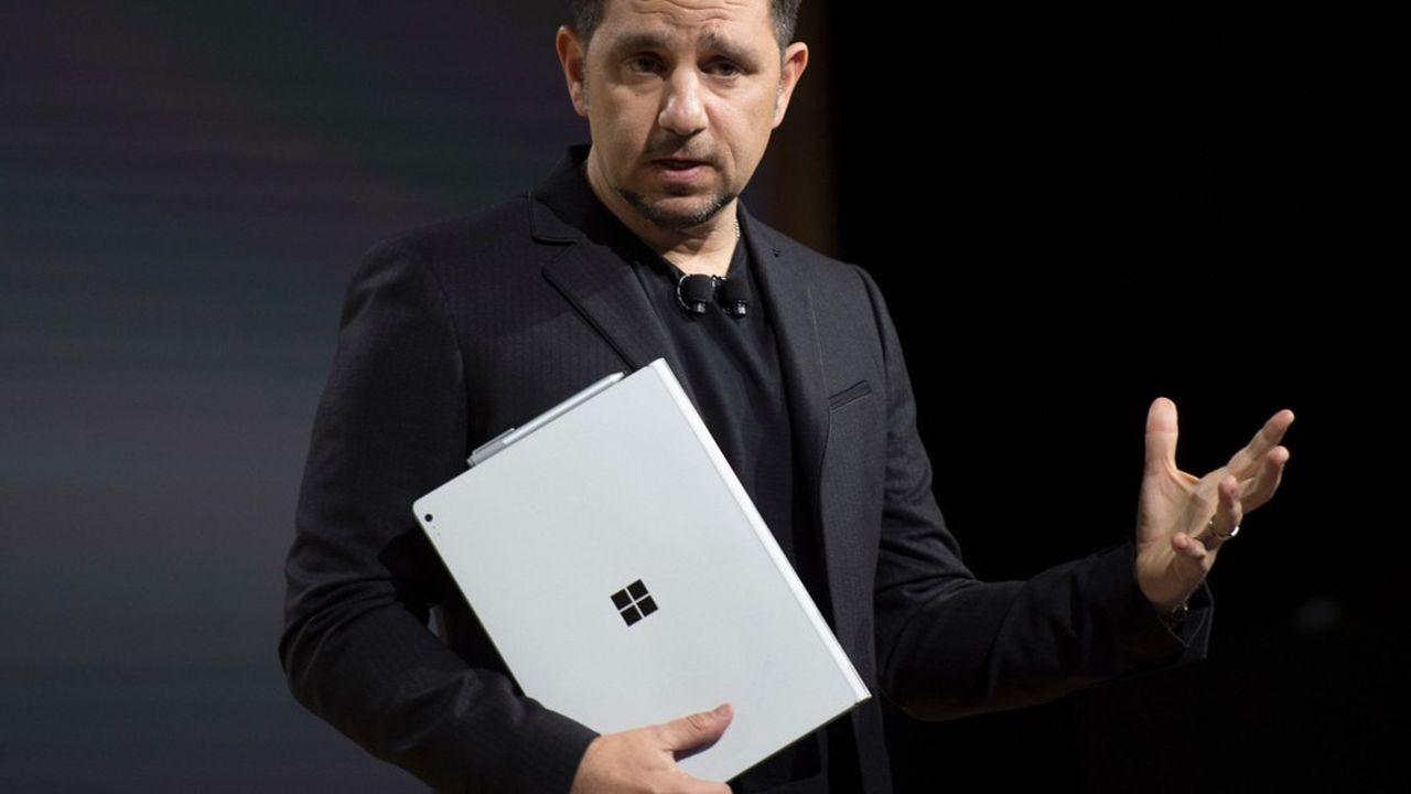 Pourquoi Microsoft revient à pas feutrés dans le smartphone