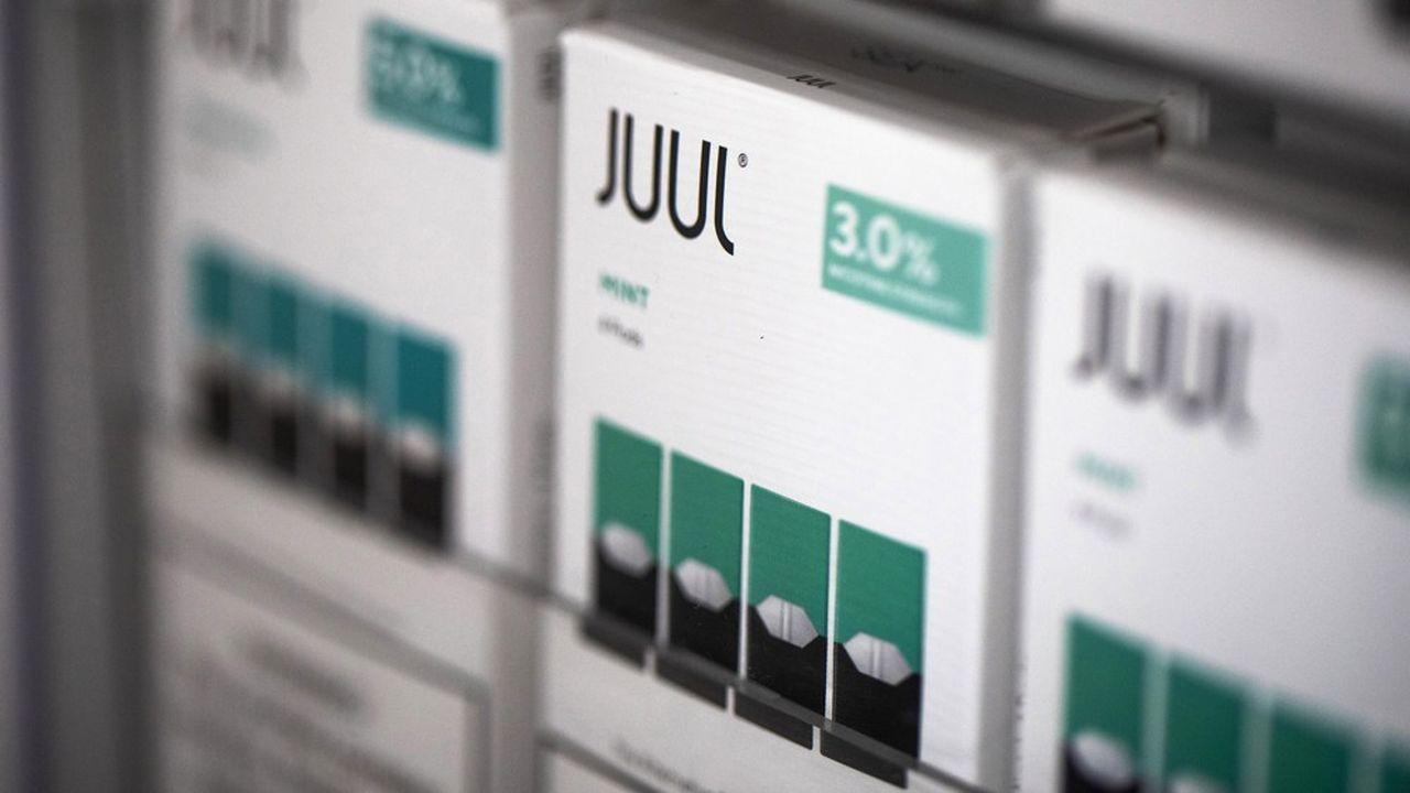 La start-up américaine stoppe la vente en ligne de ces recharges aromatisées à la mangue, aux fruits et au concombre.