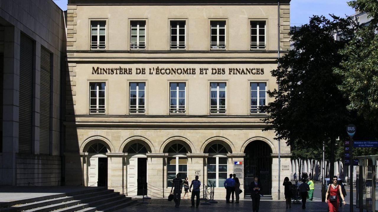 Sous ses aspects techniques, la directive sur la déclaration des montages fiscaux a soulevé une question de fond sur le secret professionnel des avocats.