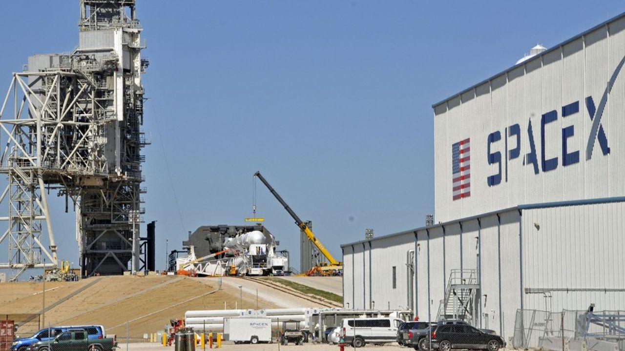 L'opérateur américain de fusées SpaceX a déposé des demandes de fréquences pour 30.000satellites auprès de l'Union internationale des télécommunications à Genève.