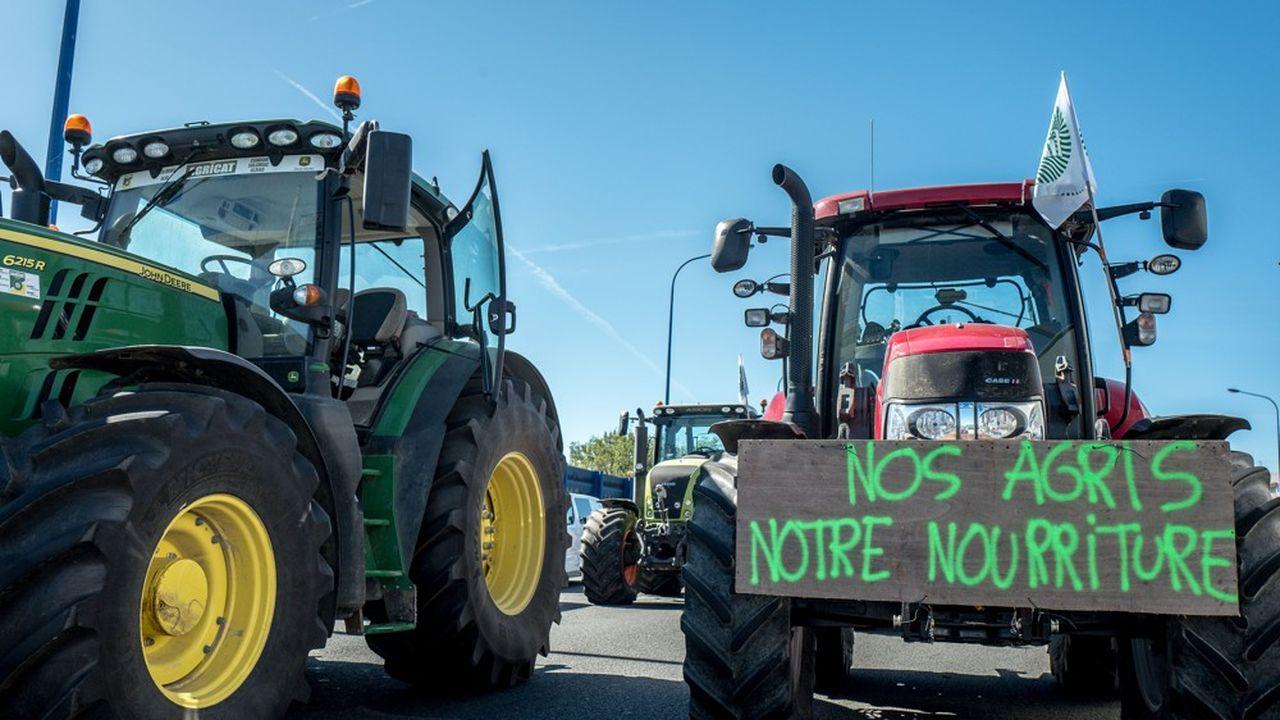 Le 8 octobre dernier, 10.000 agriculteurs, selon la FNSEA, avaient bloqué les grands axes routiers dans la France entière.