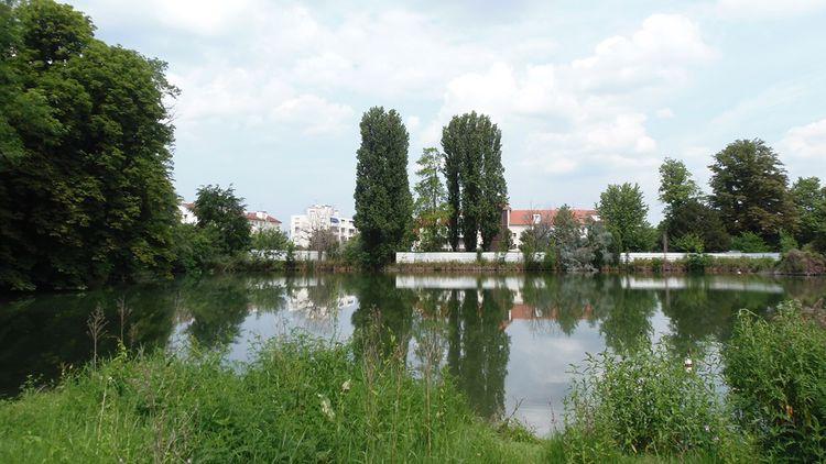 Le parc, qui abrite quelques merveilles de l'époque, comme une grotte architecturée, un canal et un grand étang, va être réaménagé pour accueillir les promeneurs.