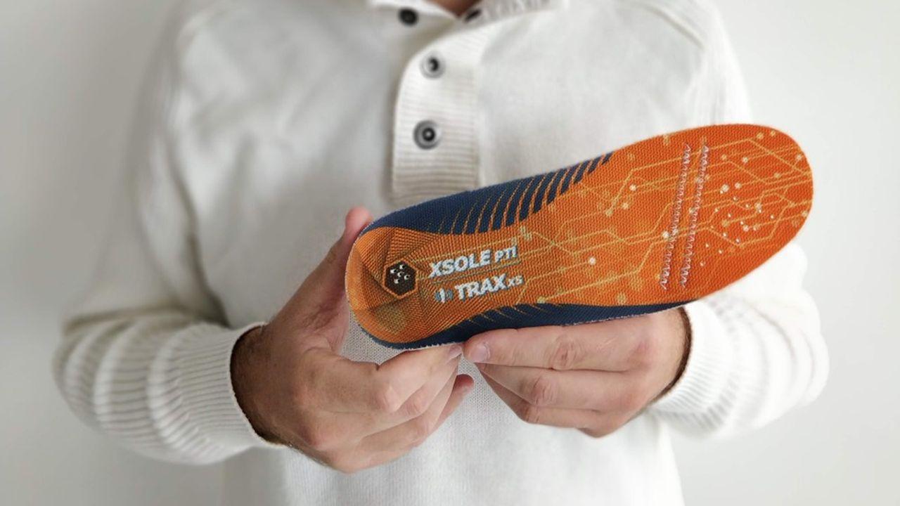 Les semelles connectées XSole sont dotées de capteurs, d'une carte SIM et d'un module de recharge sans contact.