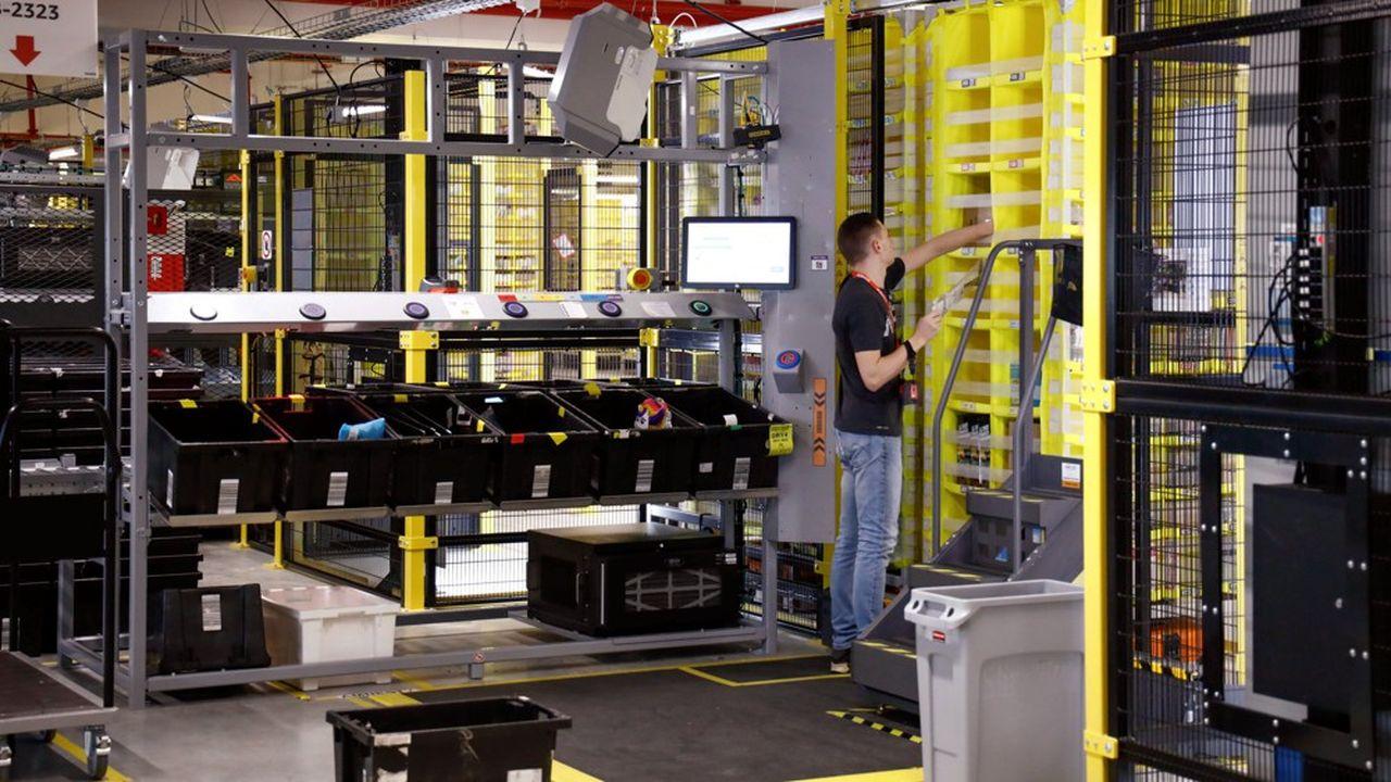 Amazon, le colosse mondial du commerce électronique, a inauguré son sixième centre de distribution hexagonal sur l'ancienne base aérienne 217, sise sur les communes de Brétigny-sur-Orge et de Le Plessis-Pâté dans l'Essonne.