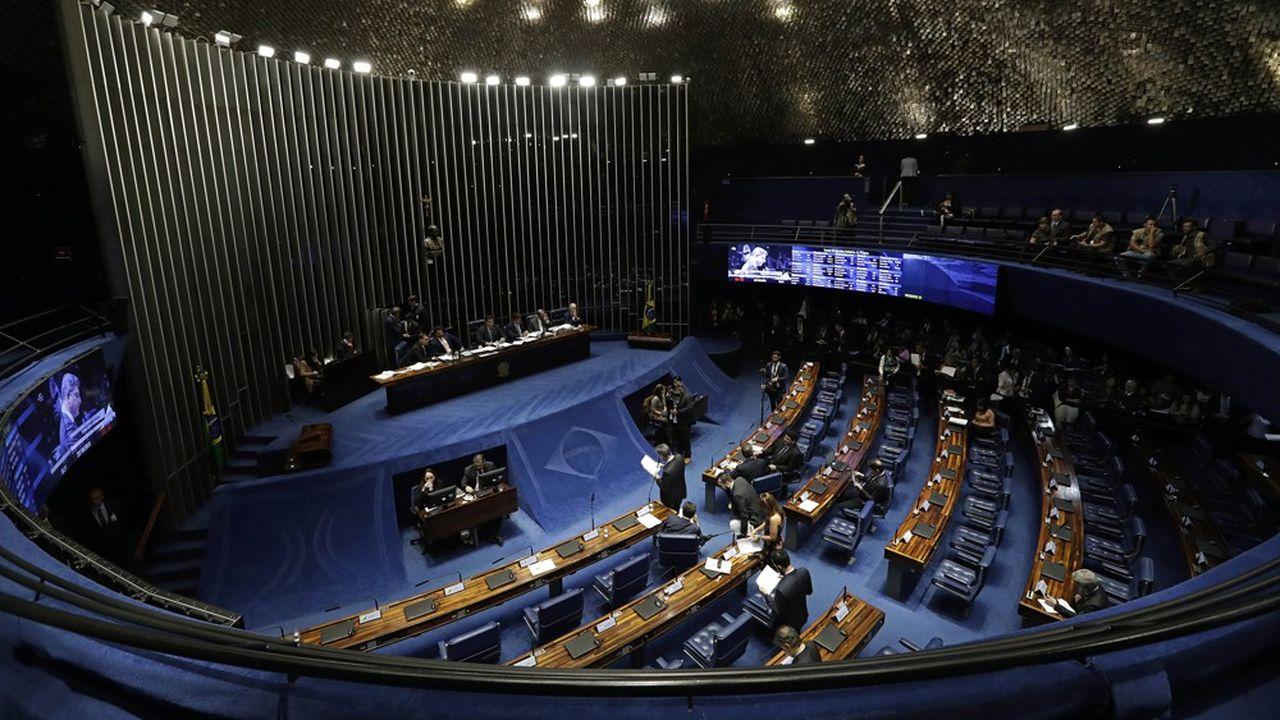 Le Sénat brésilien a voté en faveur de laréforme des retraites voulue par Jair Bolsonaro et soutenue par les marchés.