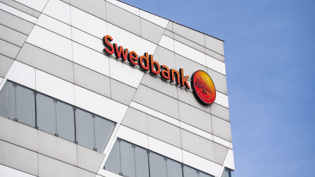 Swedbank est éclaboussée par un scandale de blanchiment d'argent.