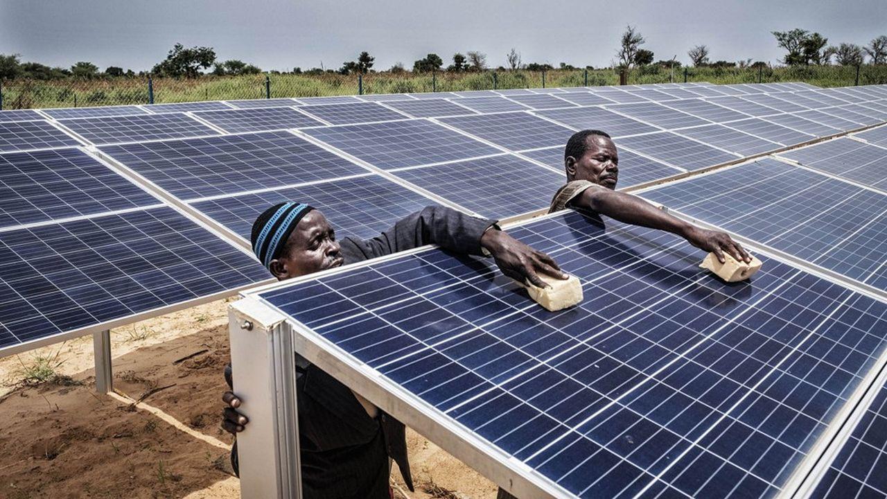 Le Fonds vert pour le climat a vocation, par ses financements, à débloquer les projets qui contribuent à atténuer le réchauffement dans les pays en développement, comme cette centrale solaire en Afrique.