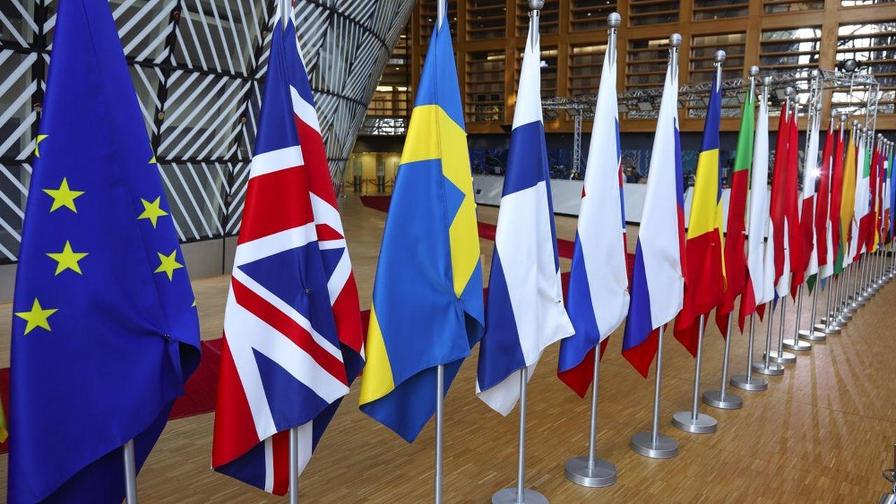 Les représentants permanents des Vingt-Sept à Bruxelles ont adopté vendredi le principe d'accorder au Royaume-Uni un nouveau report de l'écheance du Brexit.