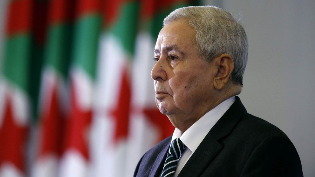 Abdelkader Bensalah, président par intérim de l'Algérie, a déclenché la colère de nombreux Algériens en affirmant que la situation était sous contrôle alors que les mouvements de protestation se poursuivent.