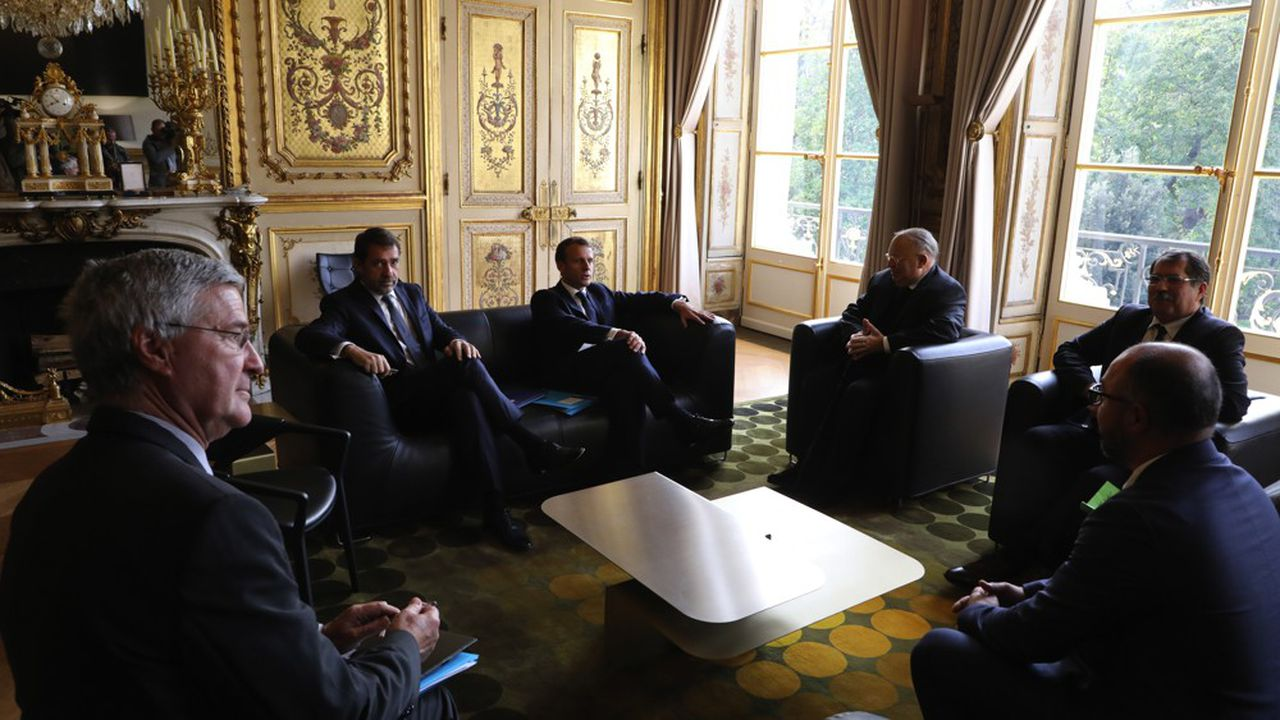 Emmanuel Macron a remis ce lundi la pression sur le Conseil français du culte musulman à l'occasion d'une rencontre à l'Elysée. Le CFCM a entendu le message et promis des «annonces fortes».