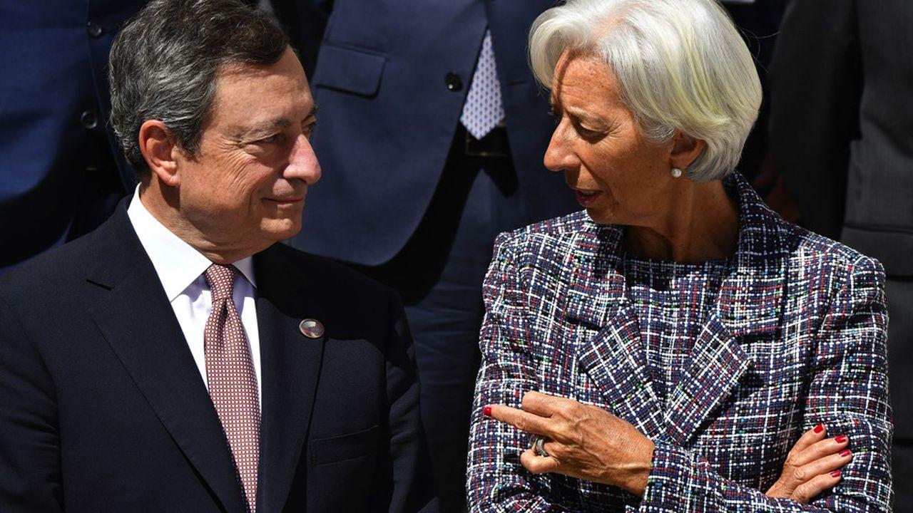 Mario Draghi a officiellement passé le relais lundi à Christine Lagarde à la tête de la BCE.