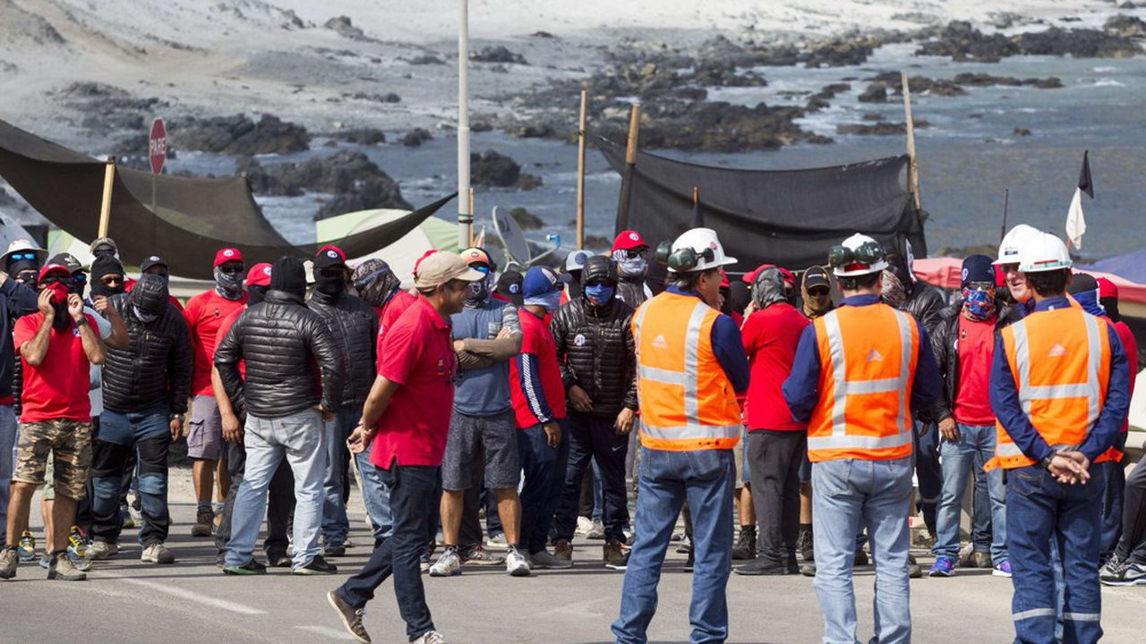 C'est la seconde fois que les mineurs d'Escondida se mettent en grève depuis le début de la crise sociale.