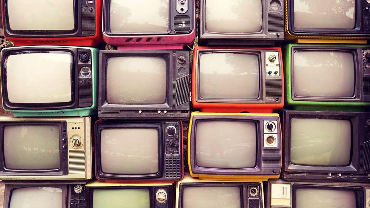 La télé arrose très large, la pub sur Internet, elle, permet aux annonceurs de concentrer leurs efforts sur les cibles les plus probablement rentables.