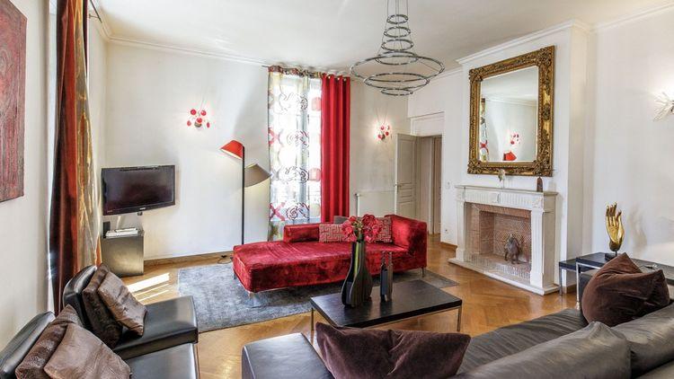 Un lumineux salon d' angle d'une surface de 38 m²