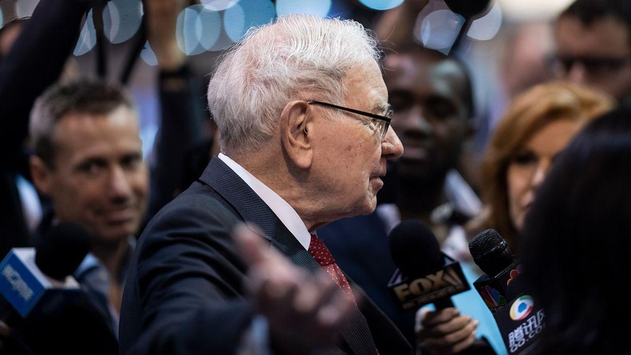 Warren Buffett, patron de Berkshire Hathaway, est surnommé l'oracle d'Omaha en raison de son flair dans les investissements financiers qui lui ont valu de devenir l'un des plus riches au monde.