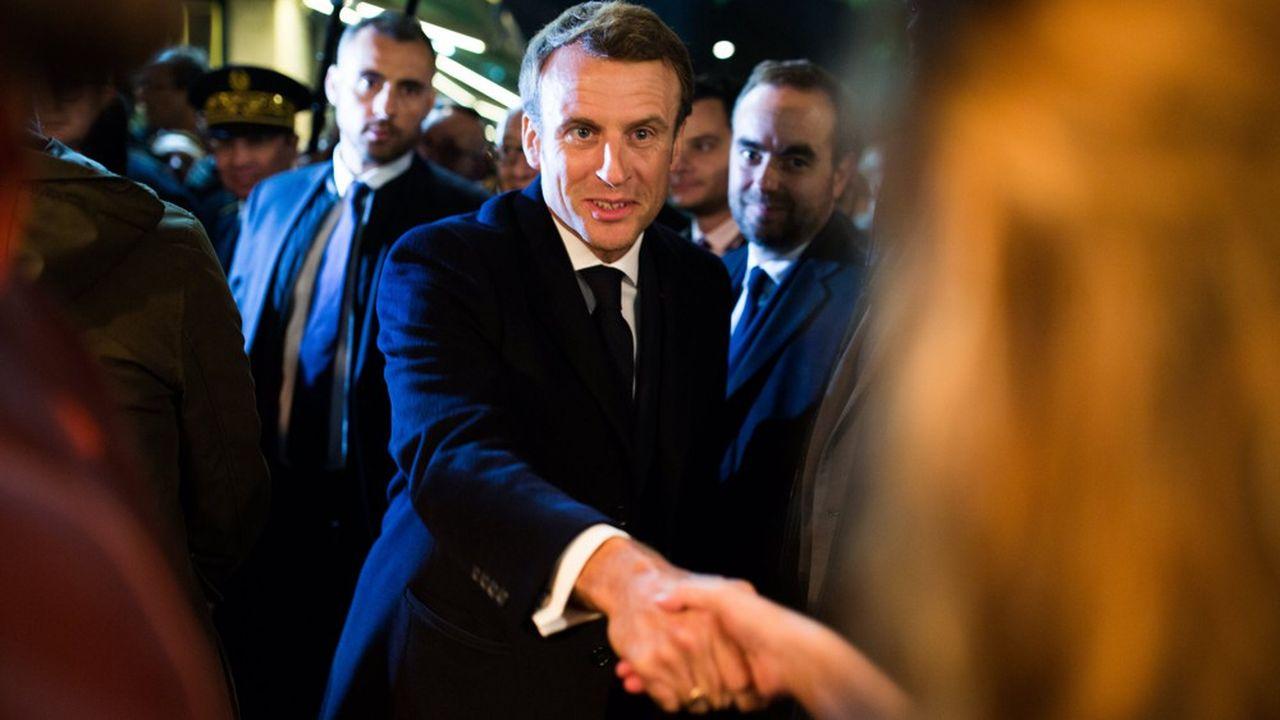 En déplacement à Rouen la semaine dernière, un mois après l'incendie de Lubrizol, Emmanuel Macron a pu mesurer que la colère était encore présente, un an après le début de la crise des«gilets jaunes »