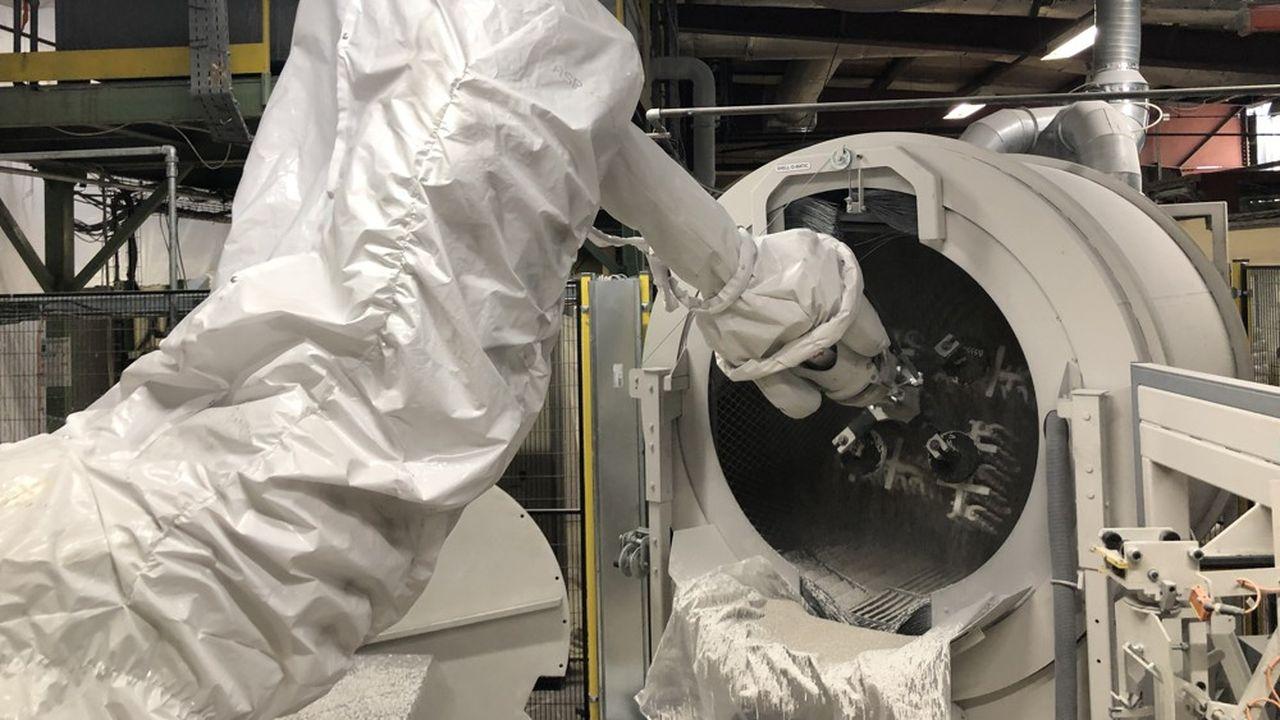 Marle Orthopaedics collabore notamment avec les grands laboratoires américains DePuy Synthes et Stryker.
