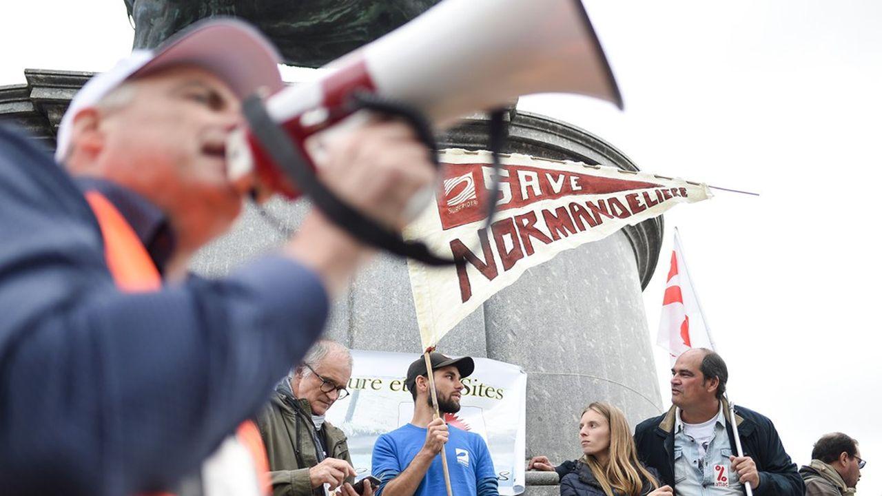 Une manifestation à La Roche-sur-Yon contre le projet de marina de Bretignolles-sur-Mer, le 19 octobre dernier.