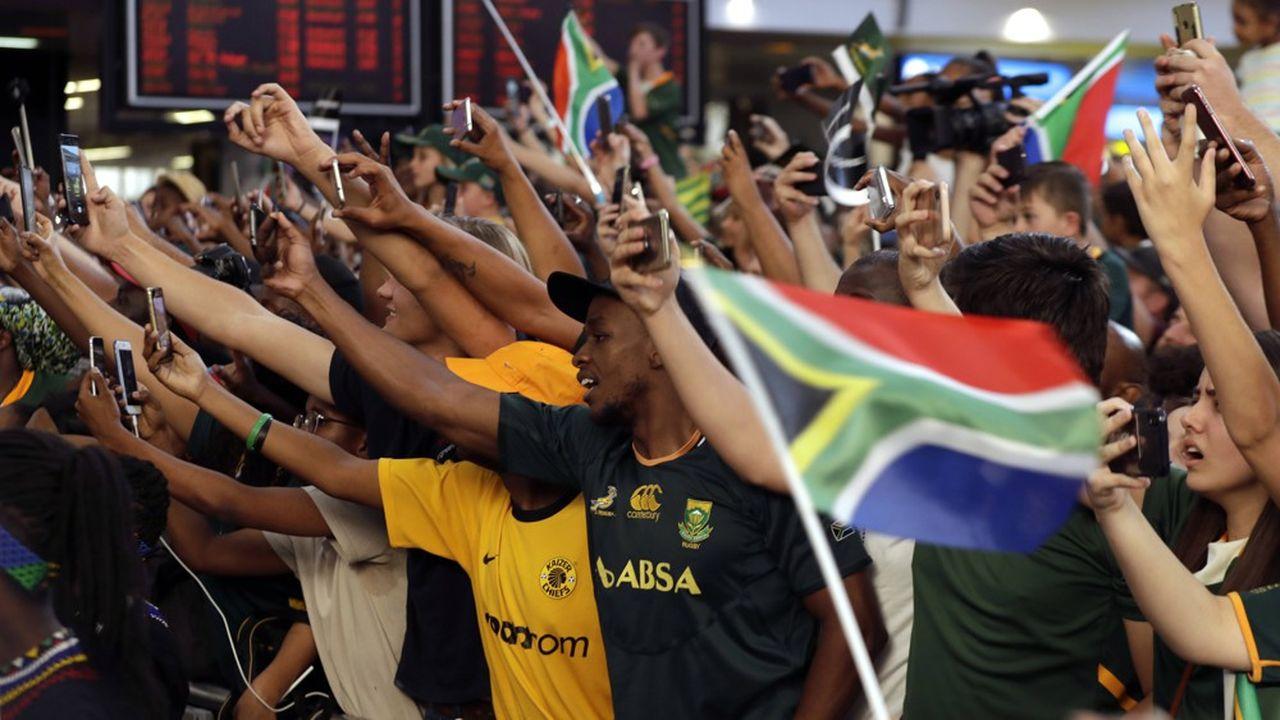 Le président Cyril Ramaphosa n'hésite pas à surfer sur la vague positive provoquée par la victoire des Springboks lors de la Coupe du Monde de rugby.